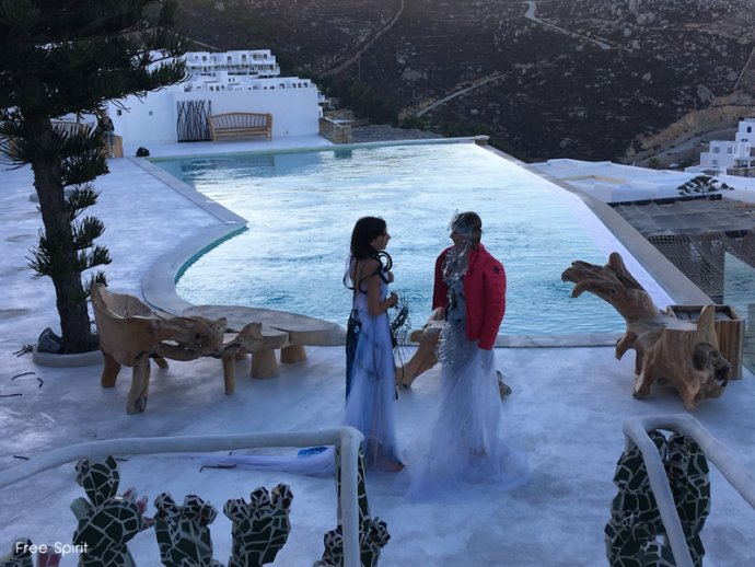 Myconian hotel utopia hotel Mykonos piscine en débordement