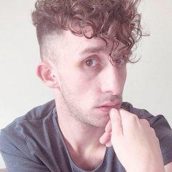 Louis Caburet coiffeur et membre du Free Spirit project